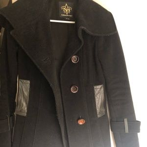 [mackage] structured pea coat w leather details